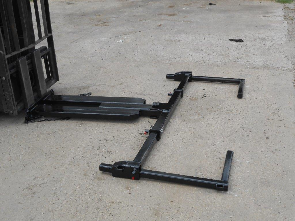 Towing equipment Forklift attachment
